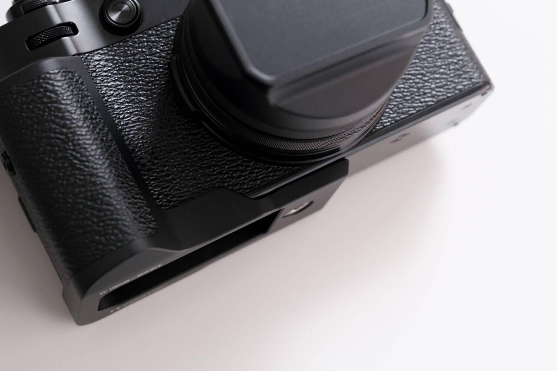 YC Onion X100V用グリップ(黒)の段差部分